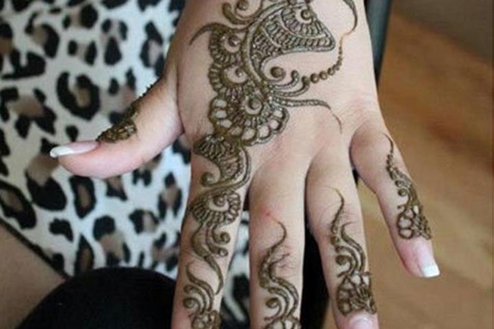 7 Floral Mehndi Designs That Will Astound Unbelieving Eyes