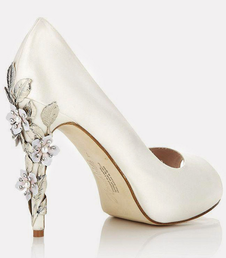 86b2fca782ae1 11 Snazzy Bridal Ivory Shoes For You In Every Style!