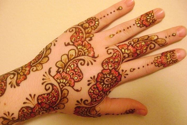 7 Latest Colourful Mehndi Designs For You