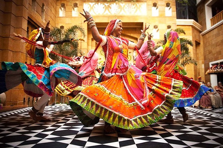 7 Riveting Rajasthani Wedding Songs To Celebrate Like Royalty