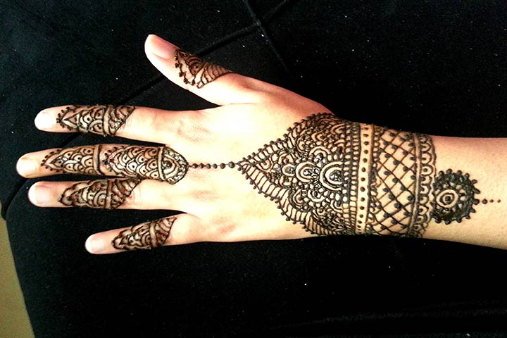Mehndi Bracelet Designs 2016 : Captivating bangle mehndi design ideas for you