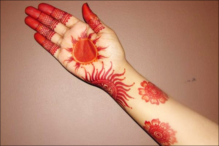 10 Latest Red And Black Mehndi Designs For You