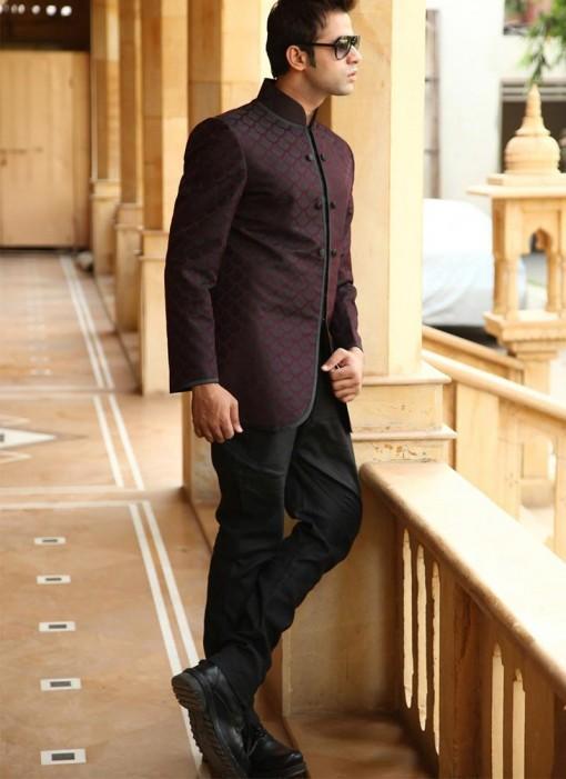 brown-brocade-mens-sherwani_66405-800x1100