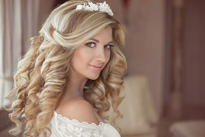 23 gorgeous bridal hairstyles for curly hair for Wedding dress up games for girls and boys