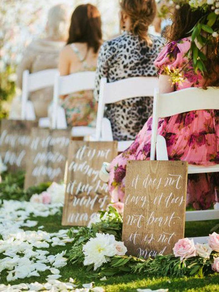 Signboards-Of-Love-aisle-decoration