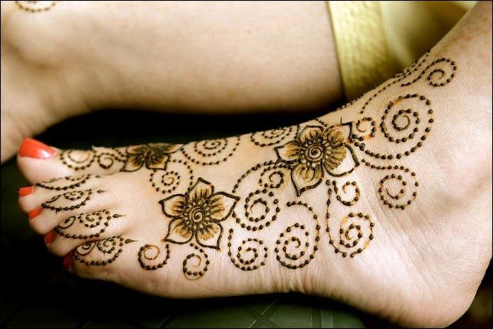 Design-For-The-Feet--Kiran-Sahib-Mehndi-Designs