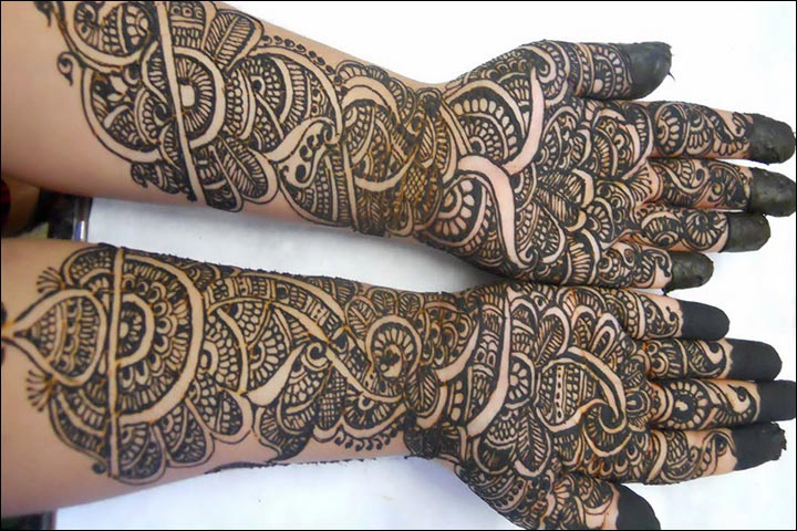 Some Great 35 Simple And Easy Mehendi Designs To Explore Your