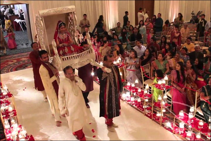 Mehndi Bride Entrance S : Bride entrance songs most popular bollywood bridal entry hits