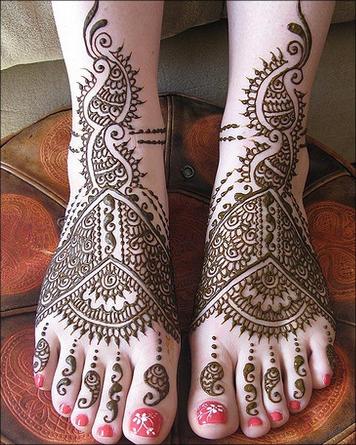 Power-Of-Paisleys-Pakistani Mehndi Designs
