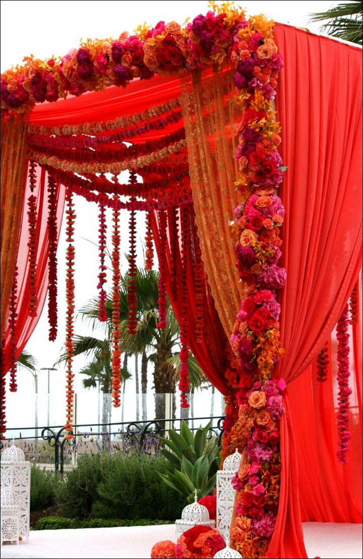 Wedding arch decorations 25 stunning ideas you 39 ll fall in for Artificial flower decoration mandap