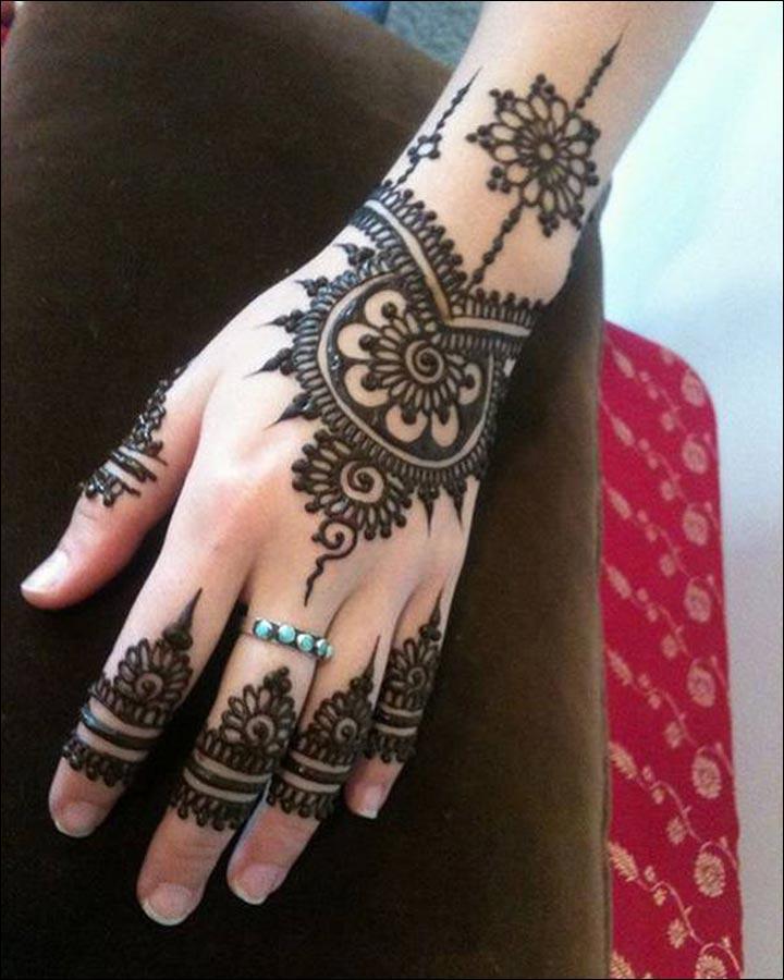 Trend-Alert-Pakistani Mehndi Designs