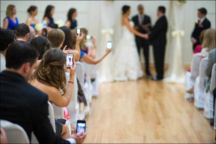 Wedding-Guests-taking-photos