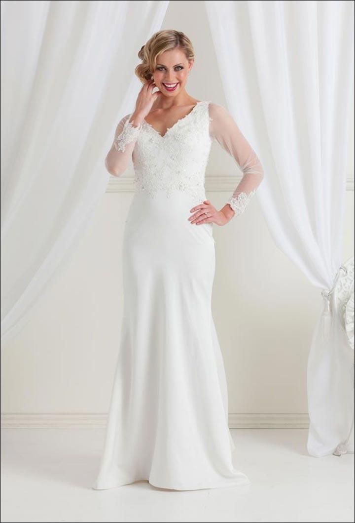 10 Killer Wedding Dresses For Older Brides,Elegant Plus Size Dress For Wedding